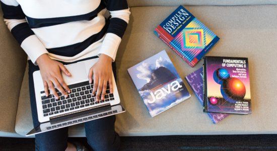 books-coding-computer-1181298